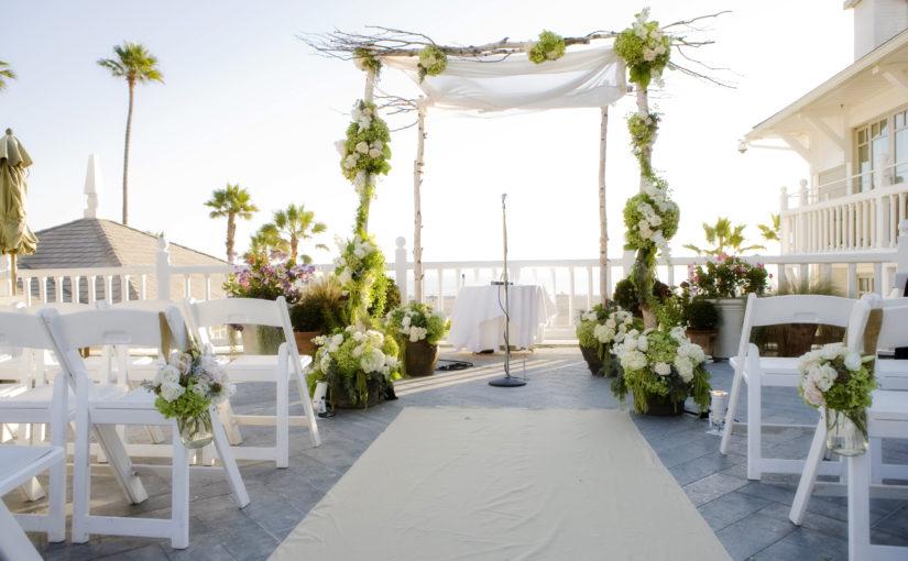 Esküvői virág kiegészítők és dekorációk.