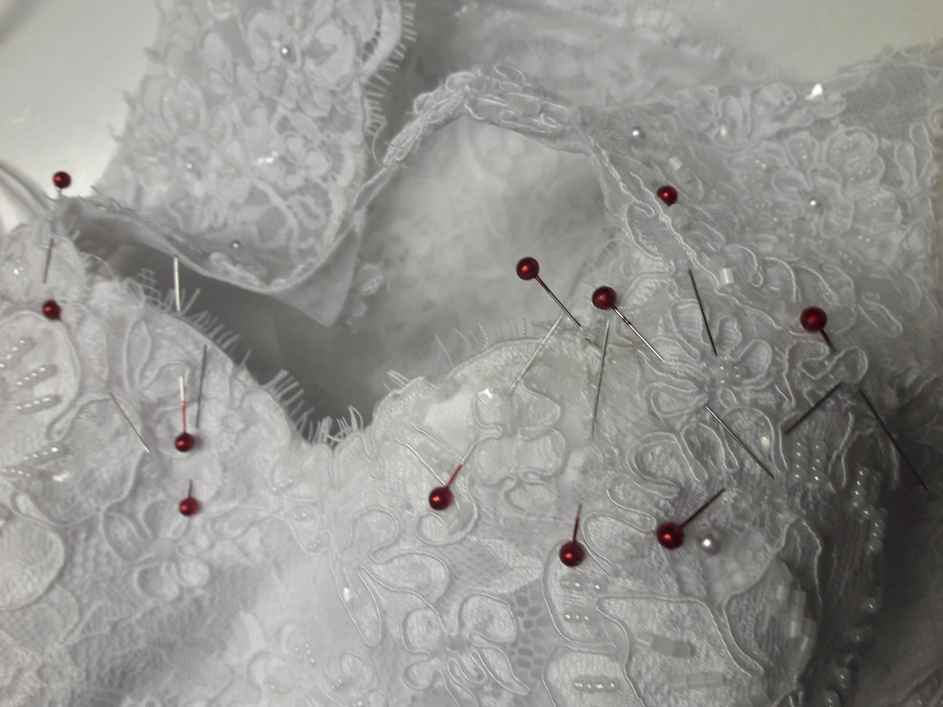 Menyasszonyi ruha átalakítás – Rosszul kezdődött, de jól végződött.